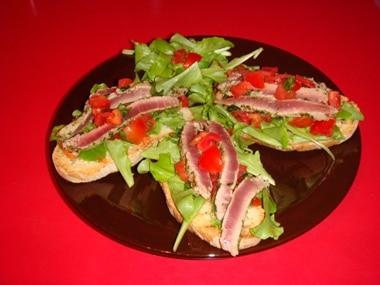 ricetta bruschetta di tonno